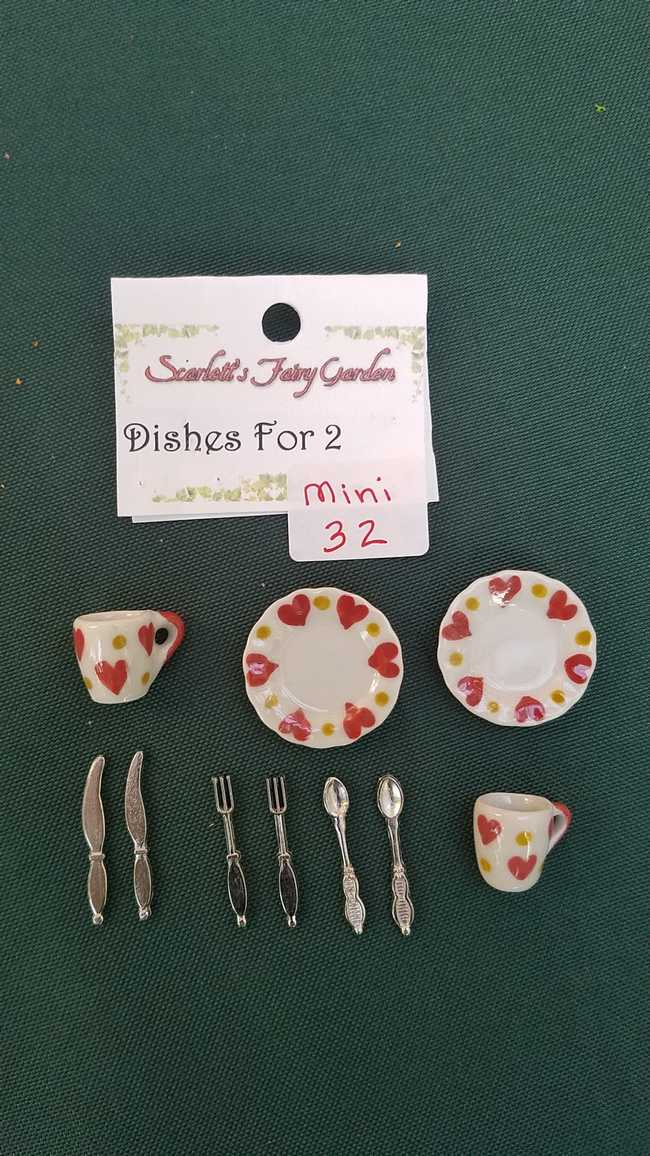 Miniature Porcelain Plates with Hearts - Cups - Knives - Forks - Spoons - Dollhouse - Barbie - 10 piece set