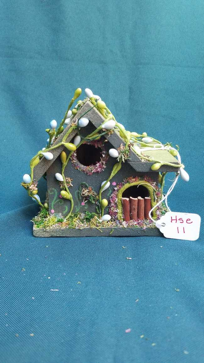 Miniature Wood Fairy House - Moss Green - Vines - Flowers - Fairy Garden - 5