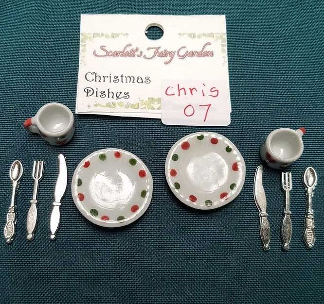 Miniature Christmas Dishes - 10 Piece Set - Plates - Cups - Silverware - Barbie - Fairy - 1:12 Scale